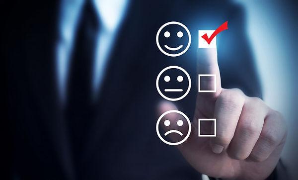 businessmen-choose-rating-score-happy-ic