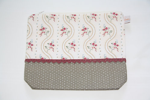 Accessory Bag XL Roses with Dots