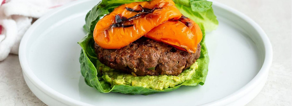 Grilled Fajita Keto Burgers, only 11g of net carbs. This is the perfect keto burger to keep you on track