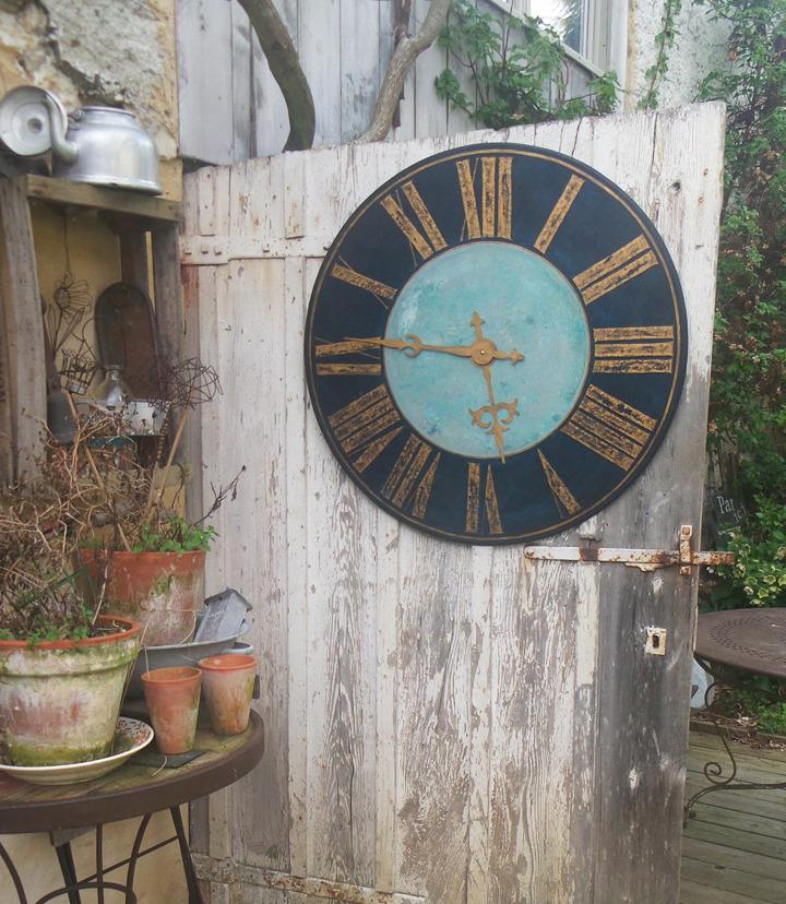 horloge JeannePetit 80cm bleu et or_edited