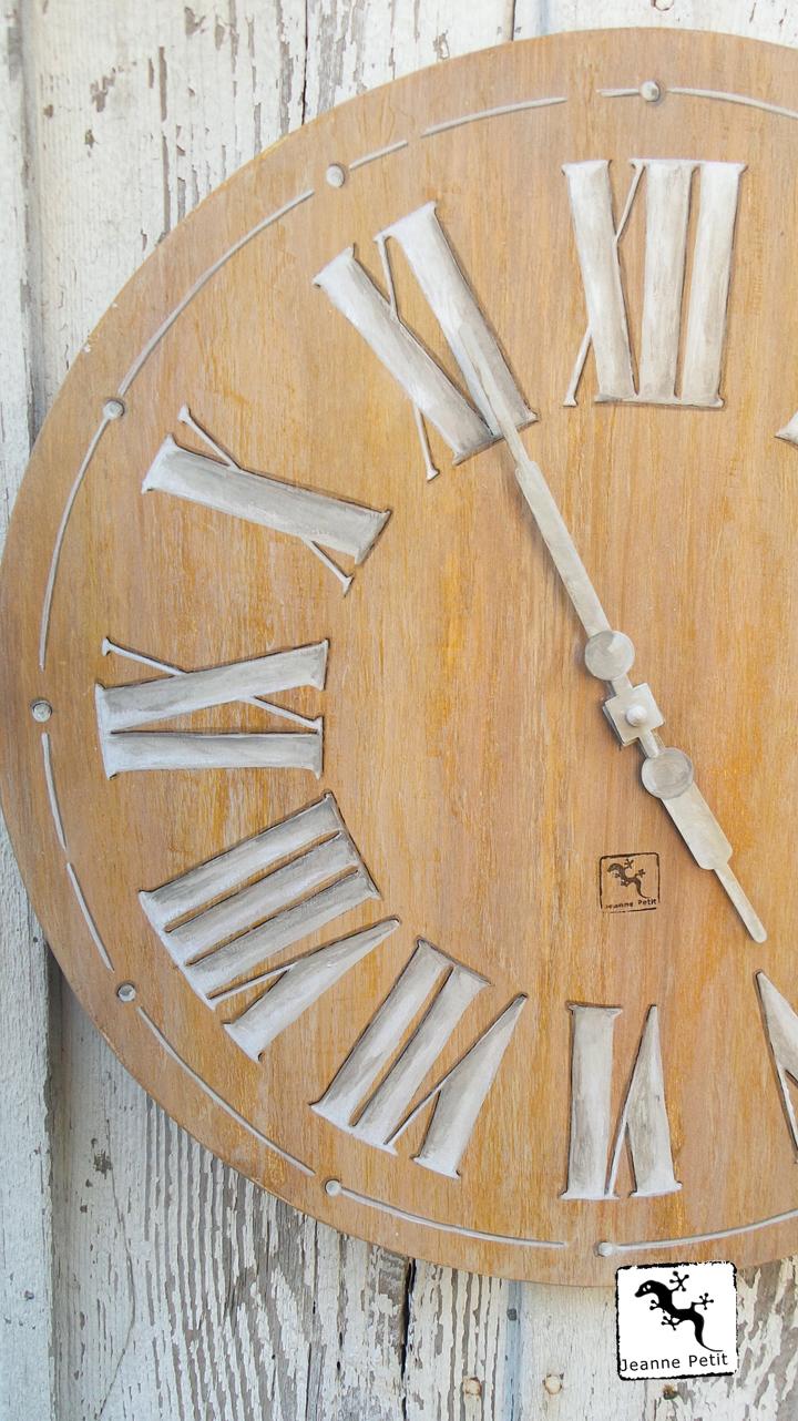 horloge Jeanne Petit 40 cm