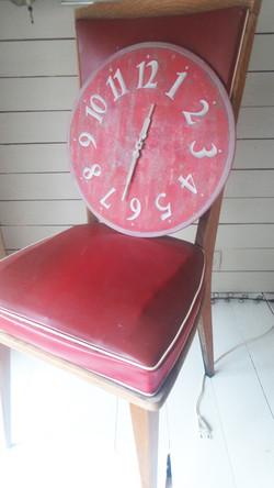 Horloge Jeanne Petit Rouge Bateau
