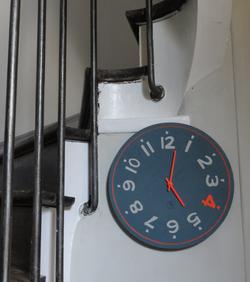 Horloge 40 cm, chiffre 4 Fluo Orange
