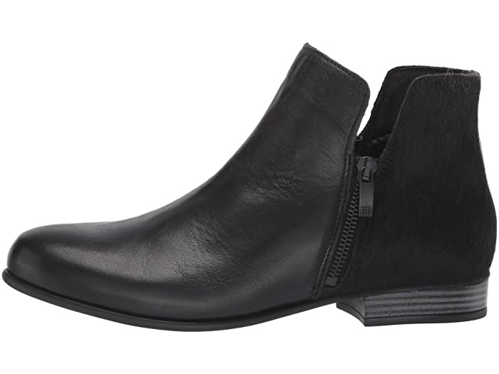 Isabella Black Leather/Pony
