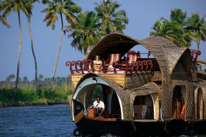 house_boat_416.jpg