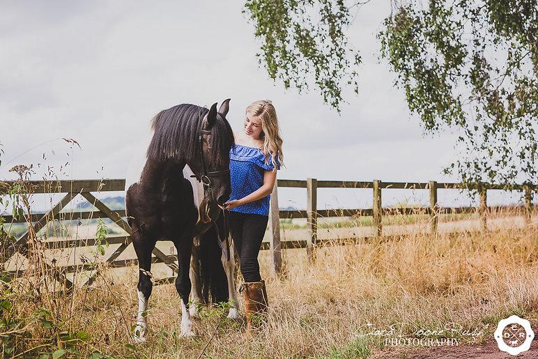 Kate&Jo-Horse&RiderPhotoShoot-InternetRe