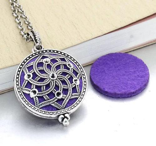 Aromatherapy vintage locket necklace
