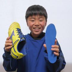 小学サッカー選手 Mくん