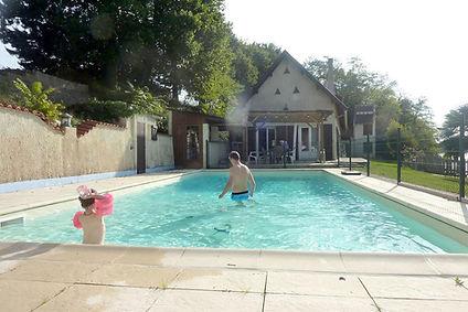 piscine-gite-peche.jpg