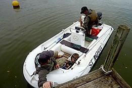 bateau au départ du ponton