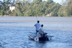 pêche en bateau sur le Tarn