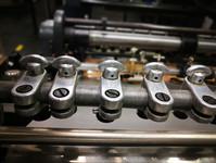 Natančnost izdelave nam zagotavljajo odlično vzdrževani stroji