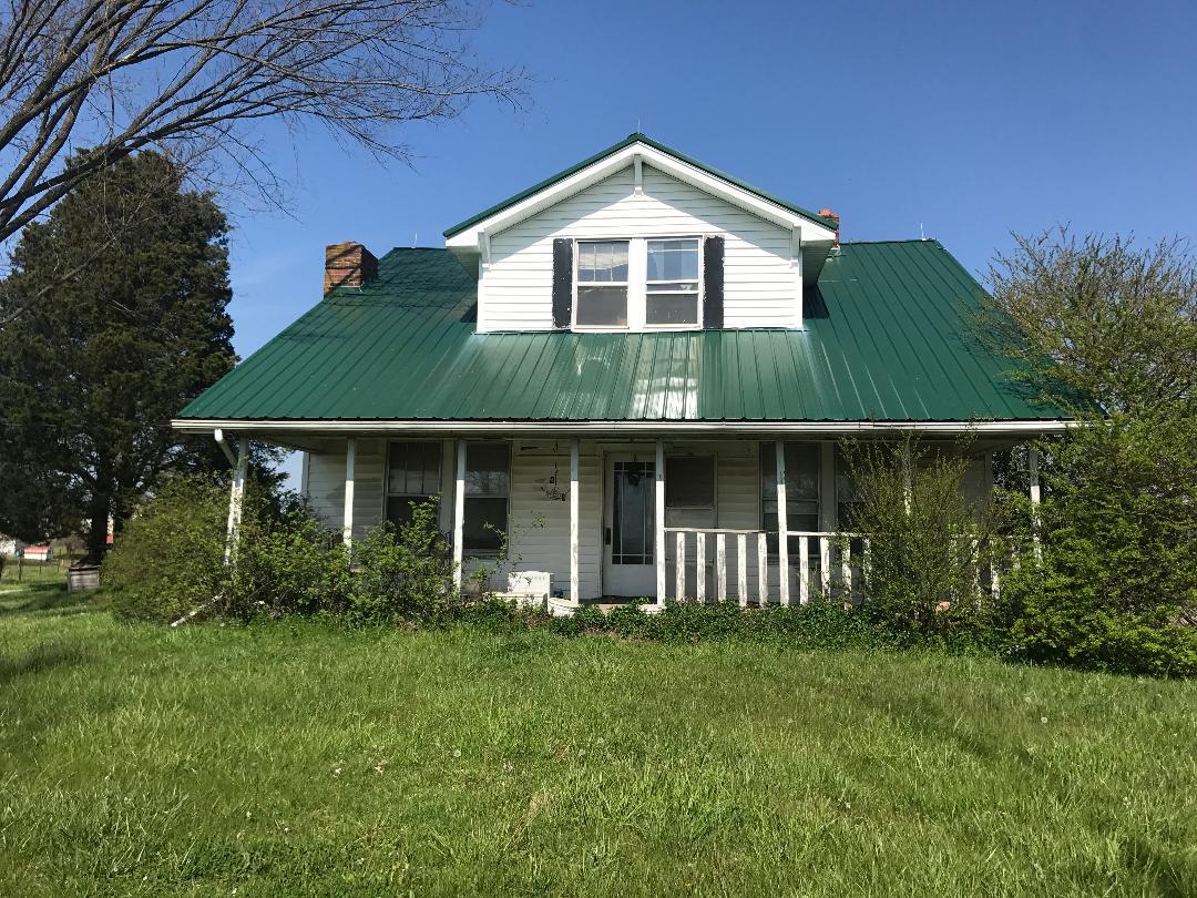 House & 10 +/- Acres