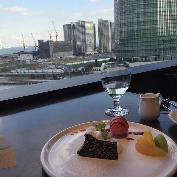 Sky bar in Yokohama, Yokohama Harbor, view,