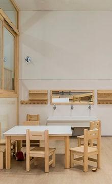 sillitas-y-mesa-para-ninos-y-ninas-en_ed