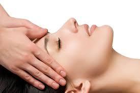 Massage liftant du visage : Indisponible