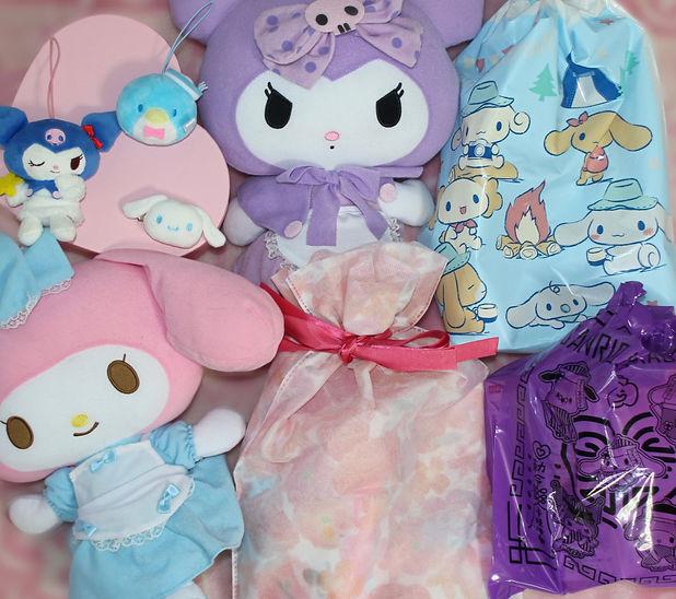 sanrio japanese cute kawaii subscription box stationery candy sweets