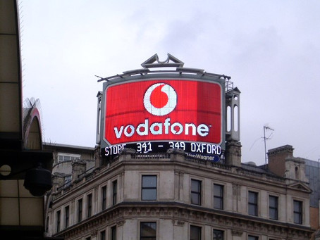 Vodafone Lights Up in Piccadilly Circus