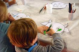 coloriage enfants masques.jpg