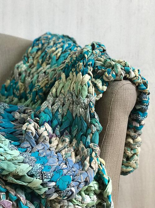 Sundara Large Chunky Knit Blanket