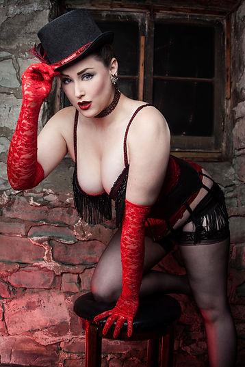 Esther De Ville 1.jpg