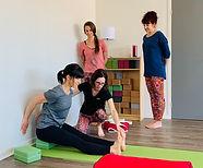 Formation Yoga Sérénité paschimo.JPG
