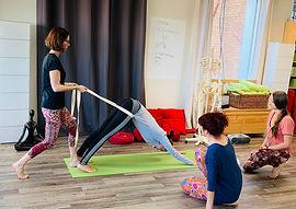 Formation Yoga Sérénité chien.JPG