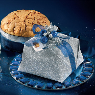 HANDWRAPPED SUGAR ICED PANETTONE 750g