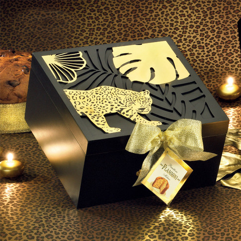HATBOX WITH LOW MILANO PANETTONE 750g