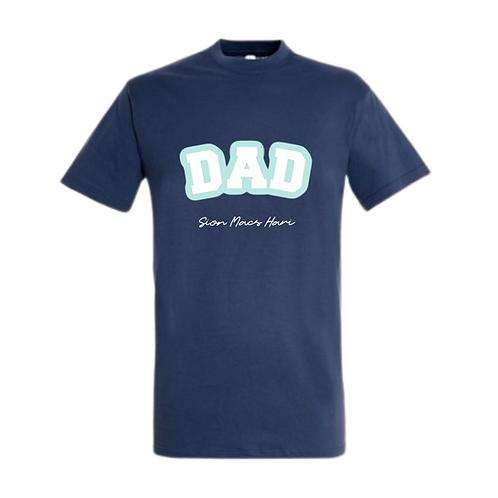 Crys T Dad a enwau Swigen/Dad and names bubble Tshirt