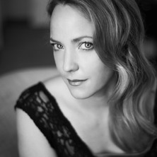 Lydia_Teuscher_Portrait.jpg