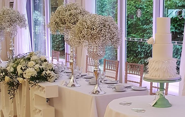 White feather wedding cake