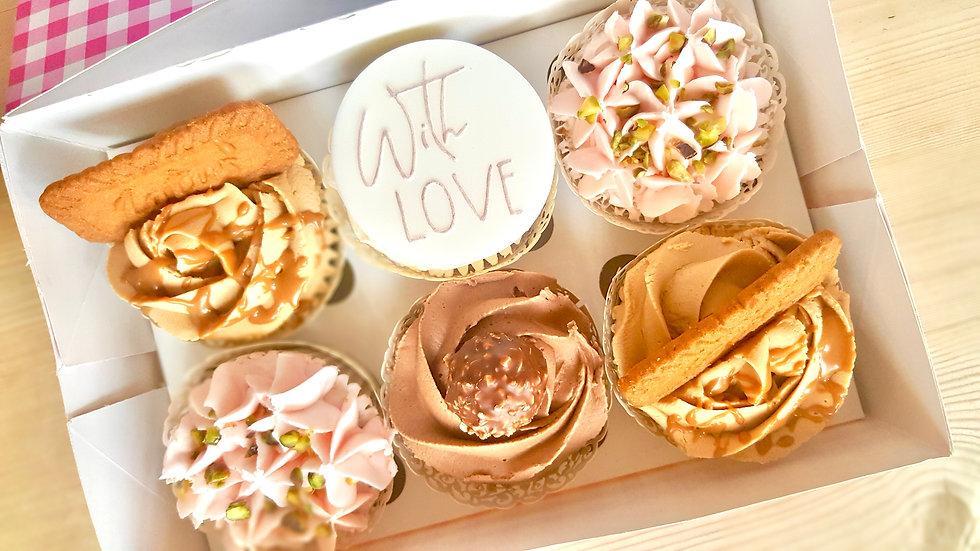 6 Deluxe Cupcakes