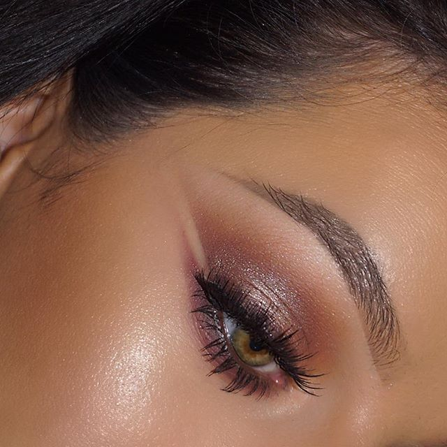 Bronze Negative Space 💥___maccosmeticsuk _Groundwork Paint Pot for brows_Brownscript + Texture Eyes