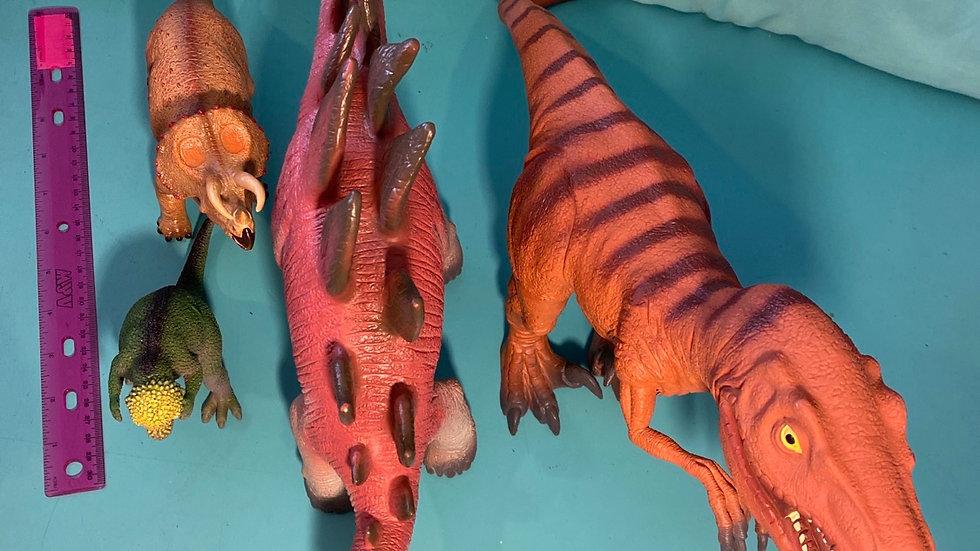 Dino's, 4