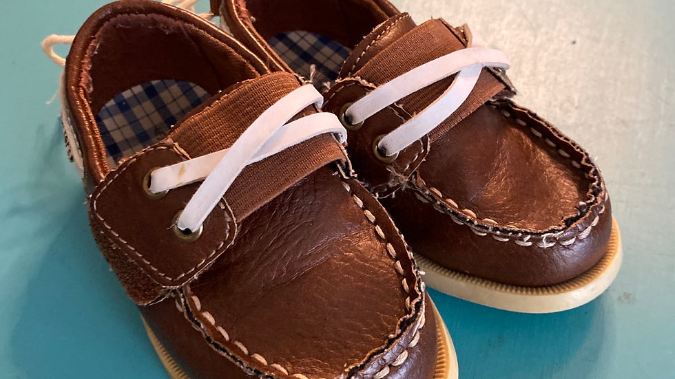 Little kid size 5, Carter's brown loafers