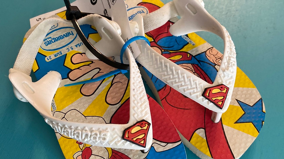 Little kid size 3, Havaiana's, superman