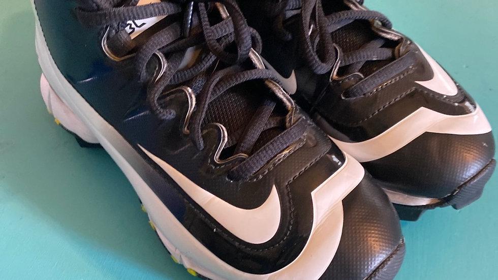 Little Kid Size 13, Nike baseball