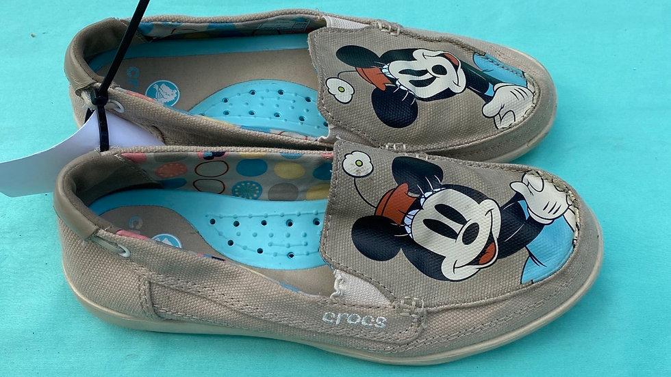 Big kid size 5, light brown Minnie Mouse crocs