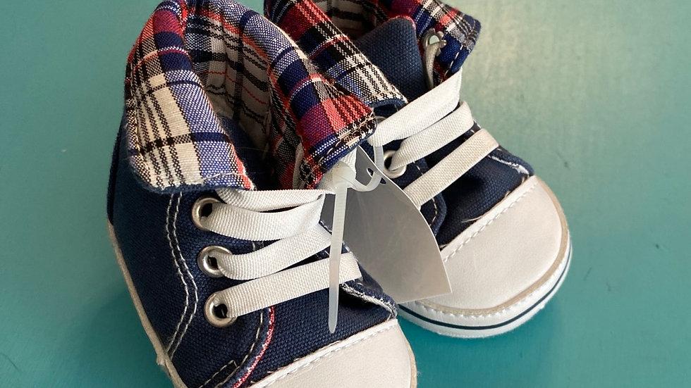 Little kid size 1, 0 to 6 months, navy blue soft hightops