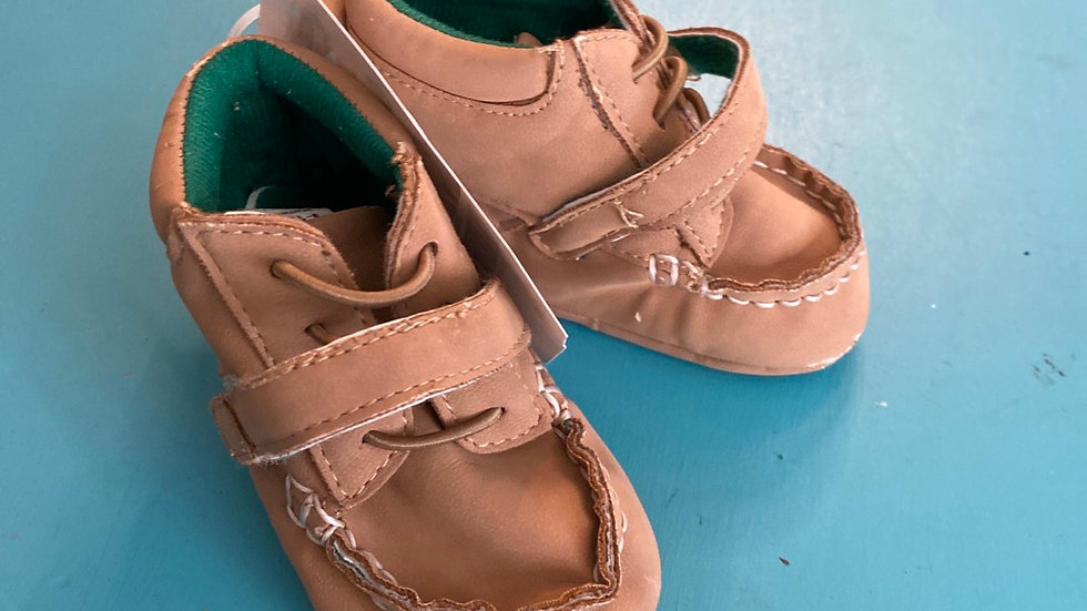 Little kid size 2, 9 to 12 months, brown soft shoes with Velcro