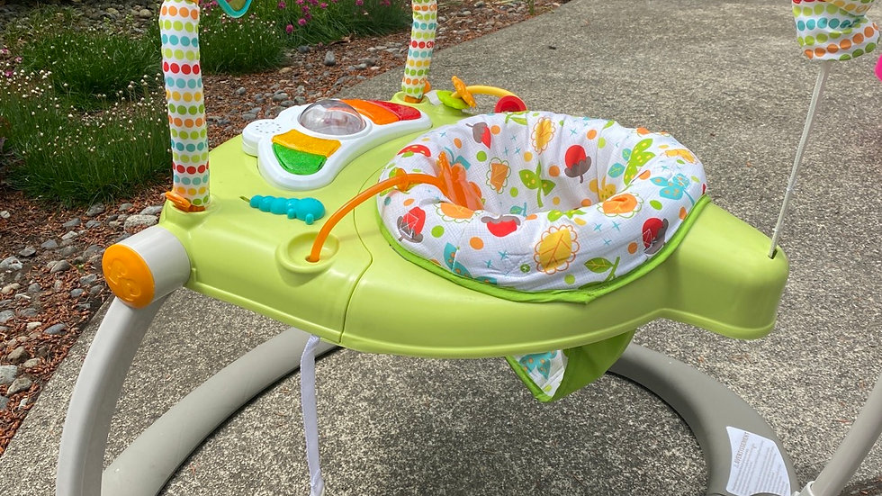 Fisher-Price space saver jumper Roo Woodland friends