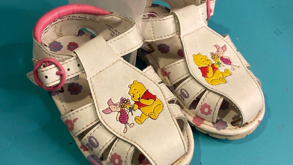 Little kid size 6, Winnie the Pooh
