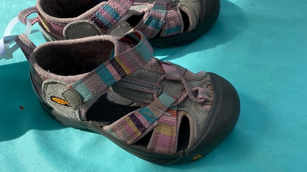 Little kid size 7, pink gray keen sandals