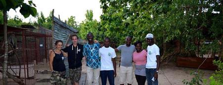 Equipe des partenaires de la mission de reboisement à ATO