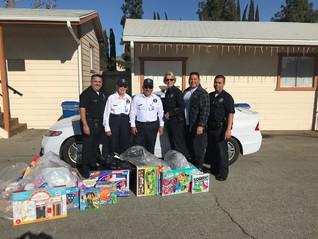 Kiwanis_LAPD Toy Drive