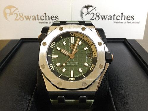 Brand new Audemars Piguet Royal Oak Offshore Diver 15720ST.OO.A052CA.01 全新  - 銅鑼