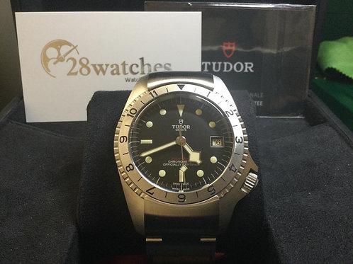 NOS Tudor Black Bay 70150- 未用品銅鑼灣店