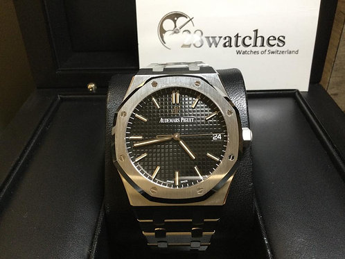 Brand new Audemars Piguet Royal Oak 15500ST.OO.1220ST.03 全新- 銅鑼灣店