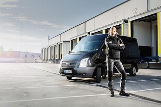 Arbeitskleider-transport-logistik